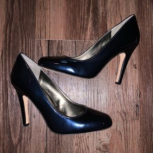 Jessica Simpson Navy Patent Leather Heels Size 9